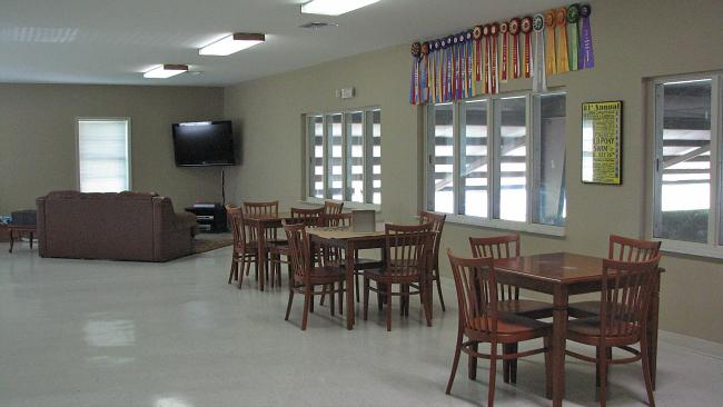 Bridlebourne Stables Lounge