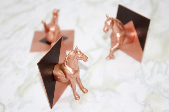DIY Horse Head Hooks